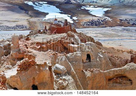 Garuda Valley In Tibet