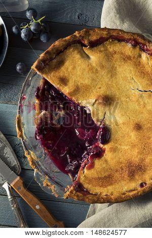 Homemade Sweet Concord Grape Pie