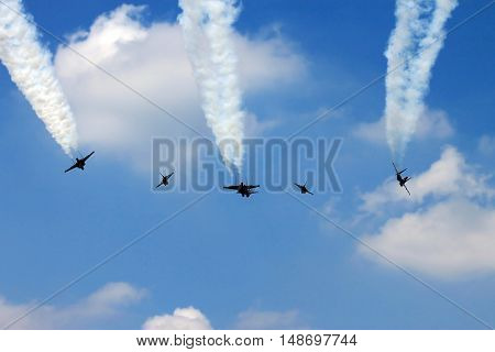 Military Fighter Jets Flypass