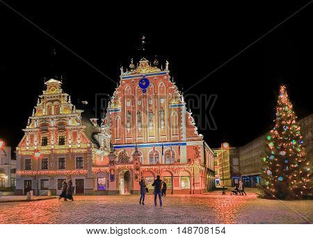 Christmas Tree And House Of Blackheads In Riga At Night
