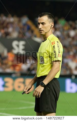 VALENCIA, SPAIN - SEPTEMBER 22nd: Referee Jaime Latre during Spanish soccer league match between Valencia CF and Deportivo Alaves at Mestalla Stadium on September 22, 2016 in Valencia, Spain