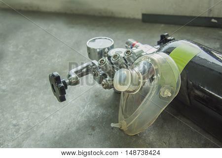 oxygen flowmeter selective focus valve shut open
