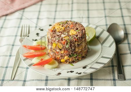 fried brown rice crab meat thai style