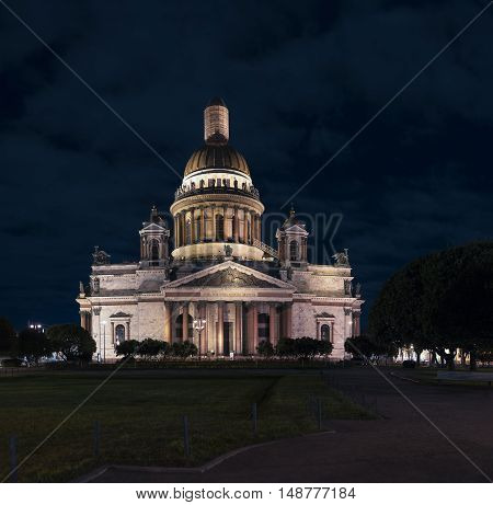 Night view of St. Isaac's Cathedral, Saint Petersburg, Russia
