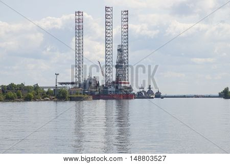KRONSTADT, RUSSIA - JULY 18, 2015: View of the drilling rig