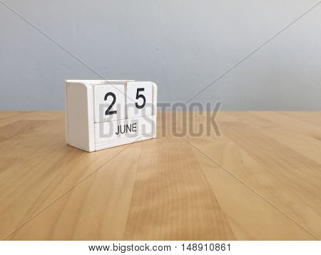 June 25Th.june 25 White Wooden Calendar On Vintage Wood Abstract Background. Summer Day.copyspace Fo