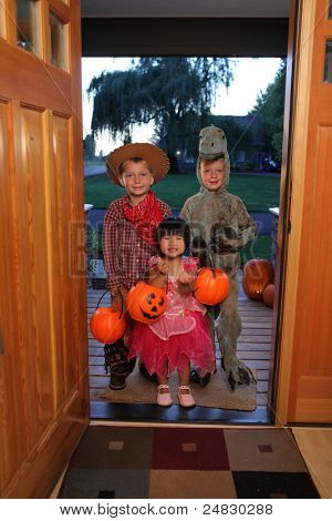 Group of kids dressed up for Halloween