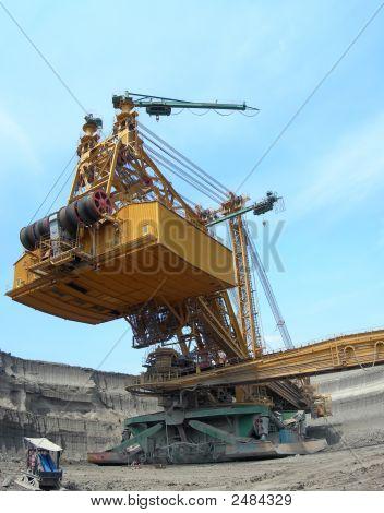 Cavador de carbón en acción