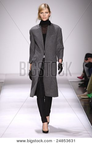 Gianfranco Ferre Fall/Winter 2011 Collection - Milan