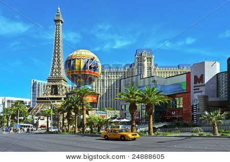 LAS VEGAS, NV - OCTOBER 13: Paris Las Vegas Hotel on October 13, 2011 in Vegas, NV. The resort has an hotel with 2,915 rooms and a half scale, 541-foot (165 meters) tall, replica of the Eiffel Tower