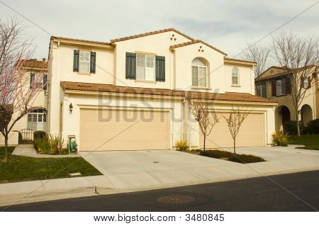 Duet Homes In California