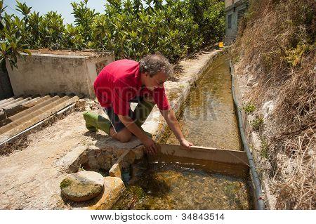 Trabalho de irrigação tradicionais