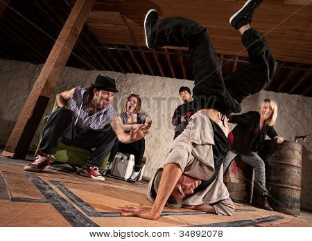 Freestyle Break Dancing