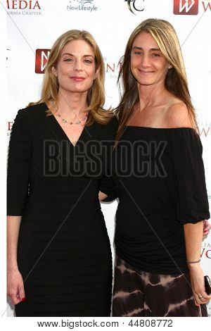 LOS ANGELES - APR 23:  Cindy Marshall, Jill Marshall arrives at the 2013 Genii Awards presented by the Aliance for Women in Media at the Skirball Cultural Center on April 23, 2013 in Los Angeles, CA