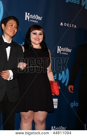 LOS ANGELES - APR 20:  Beth Ditto arrives at the 2013 GLAAD Media Awards at the JW Marriott on April 20, 2013 in Los Angeles, CA
