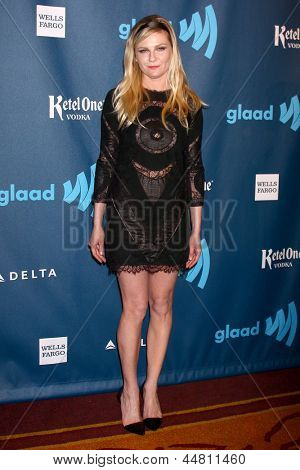 eLOS ANGELES - APR 20:  Kirsten Dunst arrives at the 2013 GLAAD Media Awards at the JW Marriott on April 20, 2013 in Los Angeles, CA