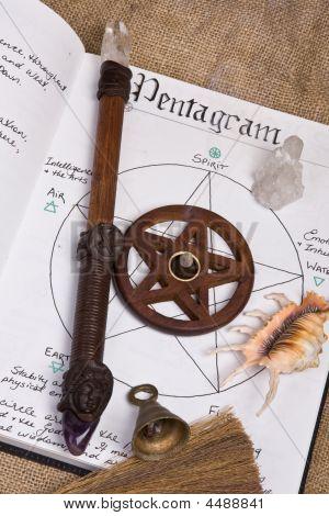 Pentagram - Wiccan Book Of Shadows
