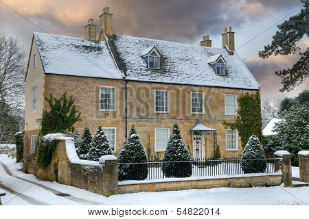 Cotswold Home With Snow
