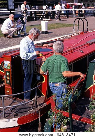 Narrow boats, Stoke Bruerne, UK.