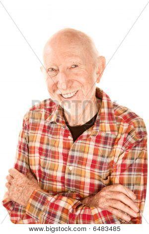 Guapo Senior con sonrisa contagiosa