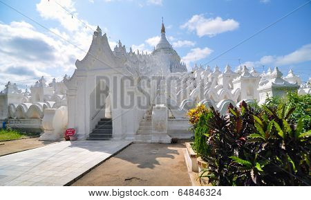 White Pagoda Of Hsinbyume (mya Thein Dan Pagoda ) Paya Temple