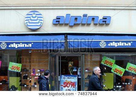 Alpina Store Shopwindow