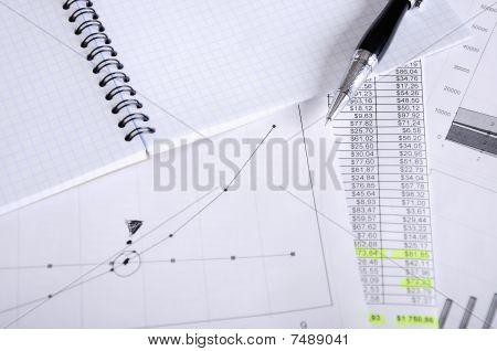Los informes financieros y negocios