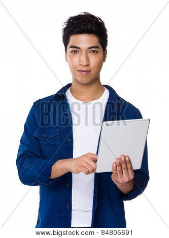Man use of tablet