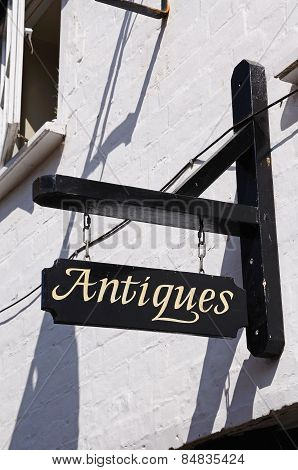 Antiques sign, Tewkesbury.