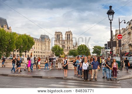 Tourists On Pont Saint-michel. Bridge Across Seine River, Paris