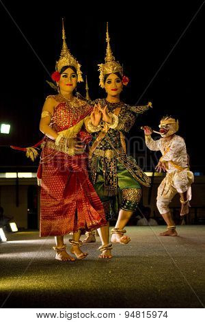 Traditional Cambodian ramayana dance showing 3 dancers