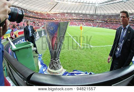 Uefa Europe Laegue Trophy (cup)