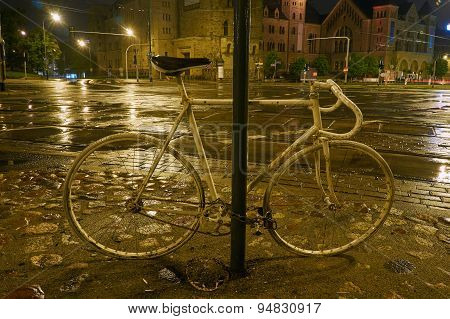 Spirit of the cyclist at night