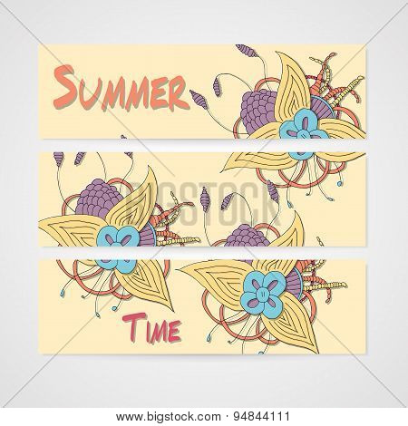 Summers banner with abstract hamd drawn flower.