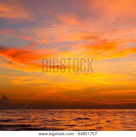 Sunrise    Sea  Thailand Kho Tao Bay South China Sea