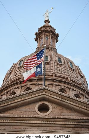 Close up of Texas Sate Capitol