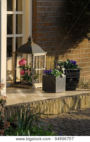 Threshold Dutch Home Decoration Flowers In A Traditional Style