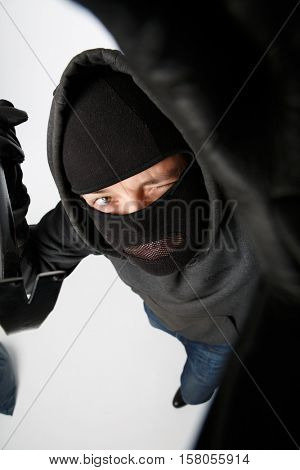 Robber spying with master key