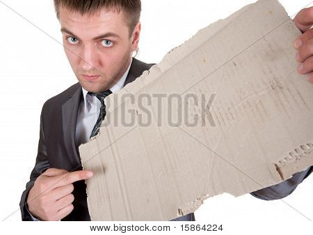 Empresário triste com moldura de papelão
