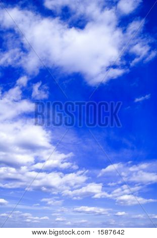 De blauwe hemel.