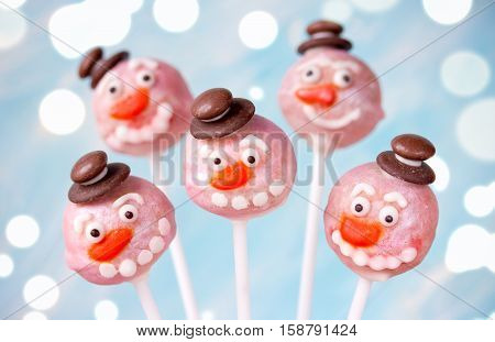 Funny snowman cake pops Christmas sweet treats for kids