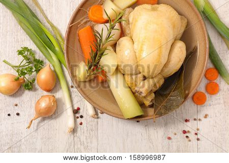 chicken broth with vegetable