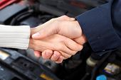 foto of auto repair shop  - Handshake - JPG