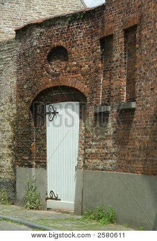 Door In Brugge