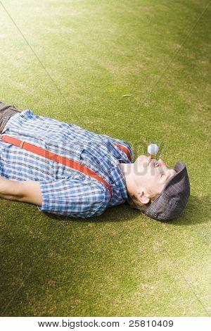 Tee de golfe fora