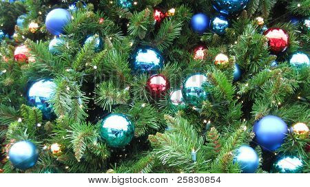 Christmas Tree with Color Bulbs