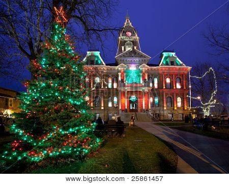 Cambridge Ohio Christmas Lighting