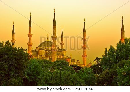 Blue Mosque of Istanbul in golden sunset light