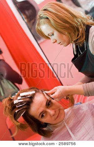 Hair-Stylist