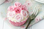 image of sugarpaste  - Rose cupcake - JPG